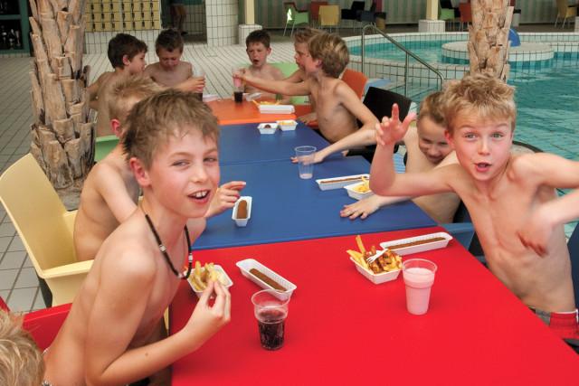 Kinderfeestje Zwembad de waterdam volendam